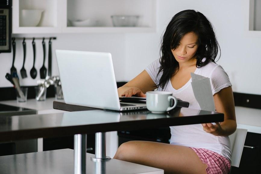 como trabalhar em casa pela internet e ganhar dinheiro online